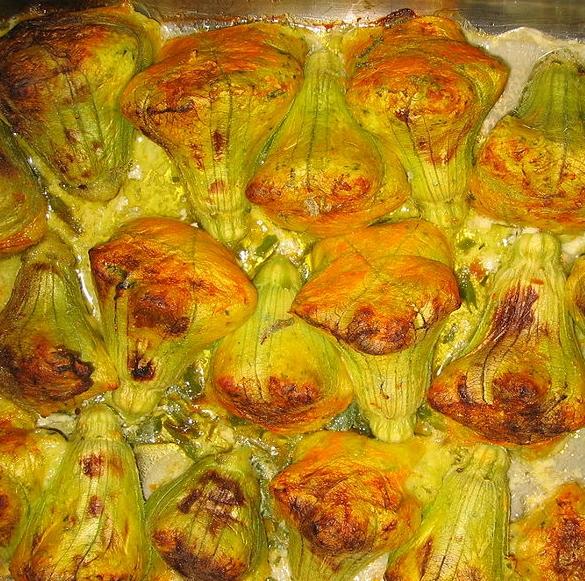 fiori di zucchine farciti al sapore di menta